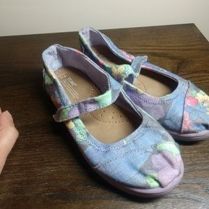 {Toms} 11 ~ Great Condition